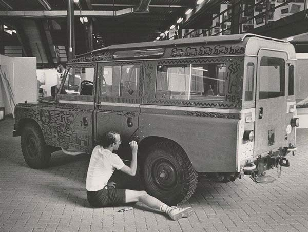 Haring Painting the Land Rover