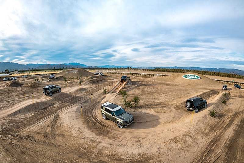 Off-Roading Course For Land Rover Defenders