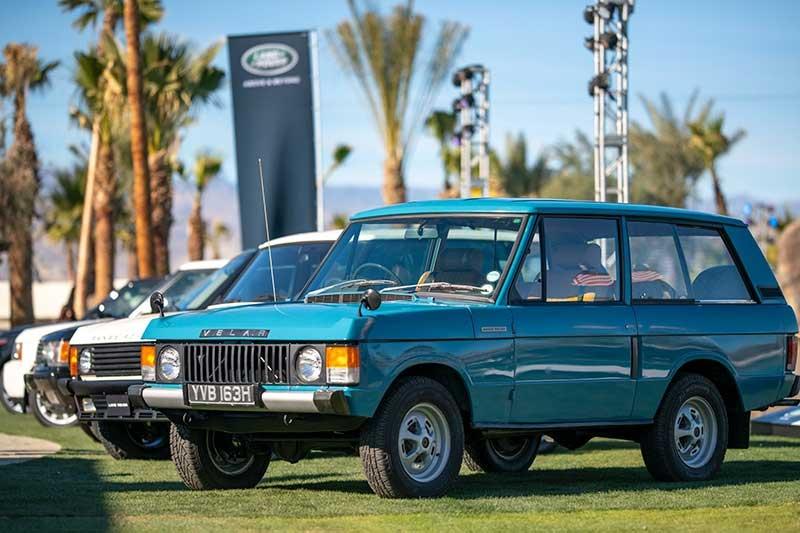 Classic Land Rover Lineup At 4xFAR
