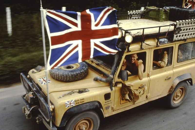 Camel Trophy 1989: Winning team in their Land Rover 110
