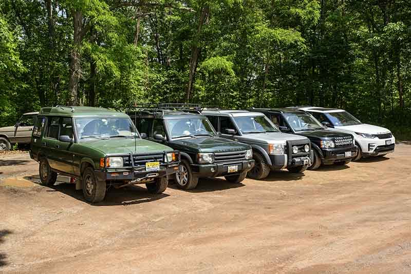 vehicle group shot - Land Rovers Maryland off-road, June 2020