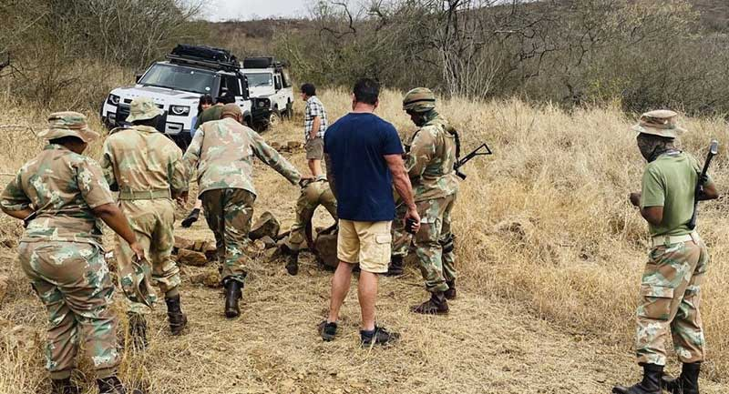 border guards questioning the Mzansi Edge expedition