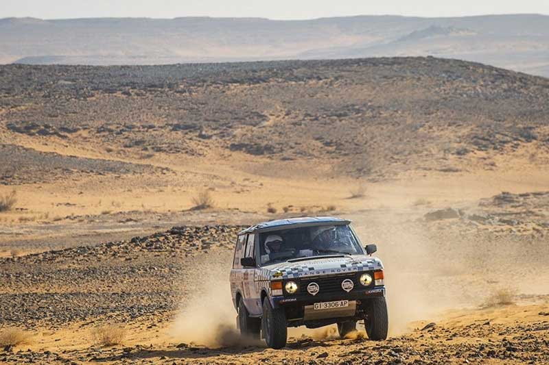 Range Rover Classic at Dakar Rally