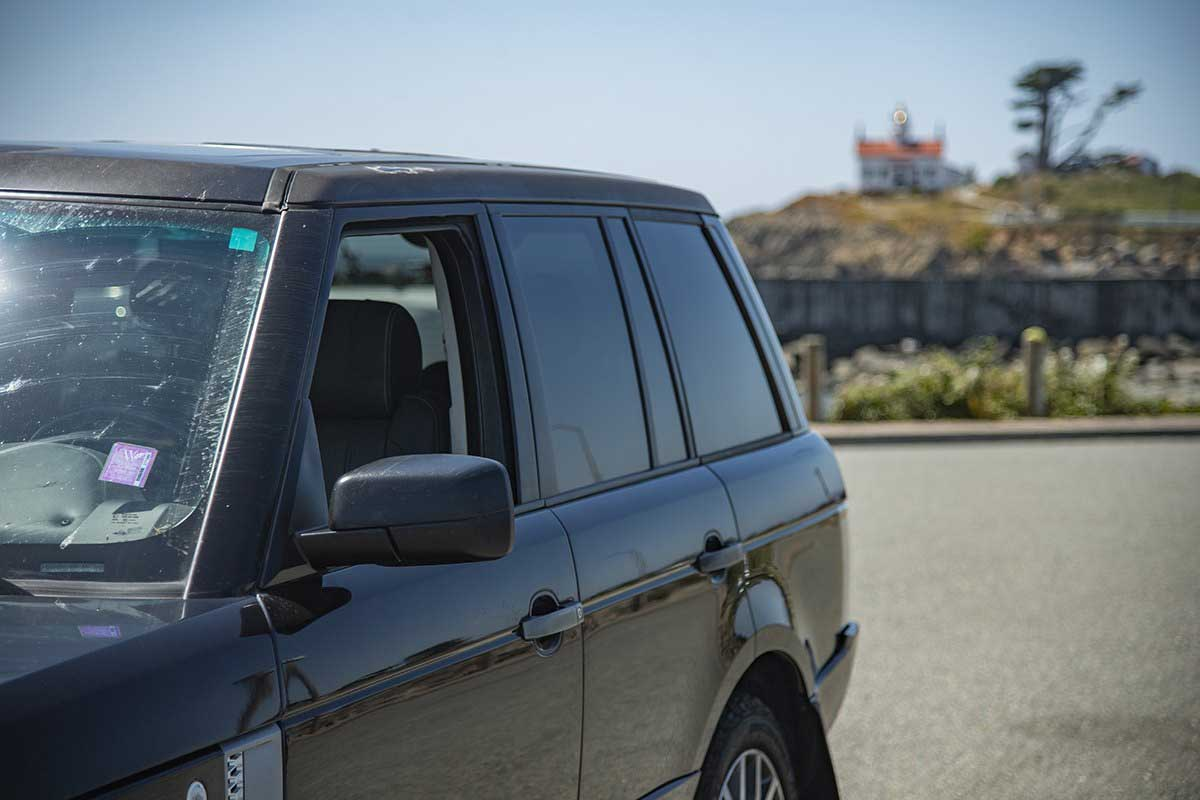 Range Rover L322 at Battery Point